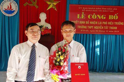 Công bố Quyết định bổ nhiệm lại Phó Hiệu trưởng trường THPT Nguyễn Tất Thành