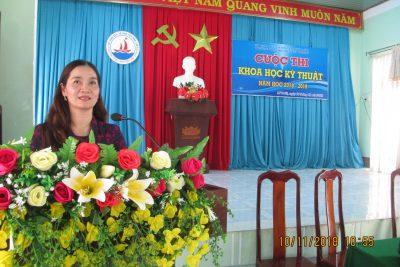 Trường THPT Nguyễn Tất Thành, tổ chức cuộc thi khoa học kĩ thuật cấp trường năm học 2018-2019
